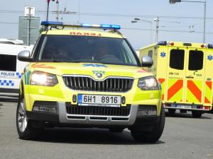 Při nehodě dvou aut u Holohlav na Královéhradecku bylo zraněno šest lidí