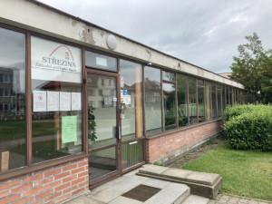 Město hledá firmu, která provede první etapu rekonstrukce ZUŠ Střezina. Nový bude taneční sál i chodby