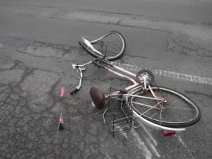 Neděle byla ve znamení tragické nehody. Cyklista nepřežil srážku s autobusem u Hajnice