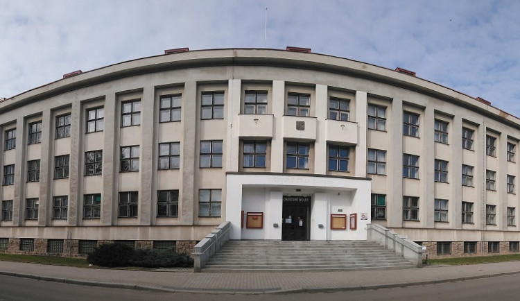 V Náchodě byla zahájena rekonstrukce největší administrativní budovy ve městě