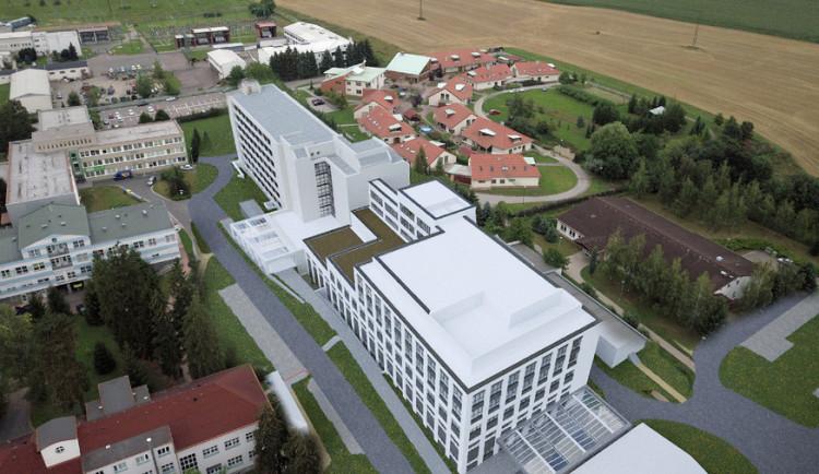 Nový pavilon rychnovské nemocnice začne růst vpříštím roce. Klapla dotace od státu
