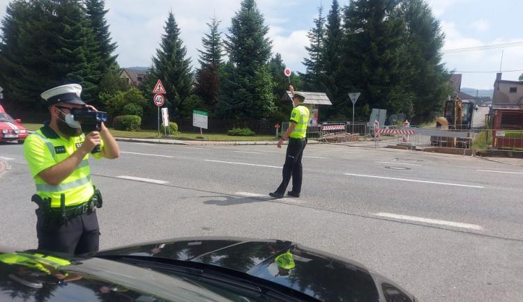 Maximální rychlost porušuje 80 procent řidičů, zaměřili se na ně policisté na Trutnovsku