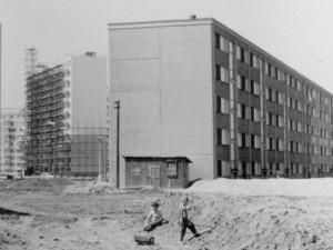 Muzeum východních Čech mapuje paneláky a každodenní život za socialismu