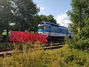 Sebevrah zastavil dopravu na trati u Jaroměře. Lehl si přímo před vlak