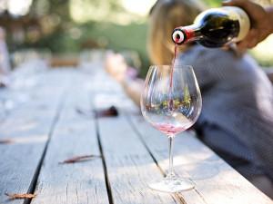 Na víno, jídlo a za dobrou hudbou. Přinášíme inspiraci na víkend
