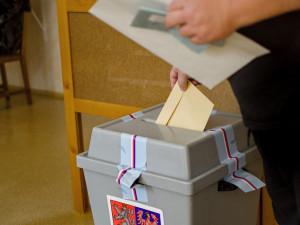 Do voleb v hradeckém kraji se registrovalo 17 subjektů. O sedm méně než v roce 2017