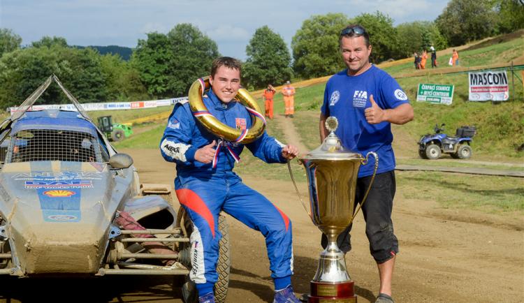 Mistrovství Evropy v autocrossu v Nové Pace ovládl Jakub Kubíček
