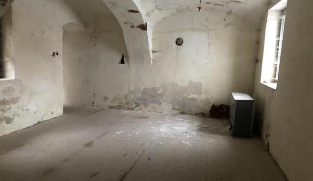 Obyvatelé Trutnova rozhodnou, co se starou věznicí. V anketě vybírají ze dvou návrhů