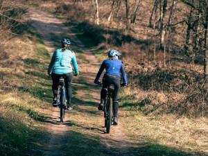 Hradecký a Pardubický kraj chtějí vybudovat společnou cyklostezku. Napojila by se na trasu vedoucí z Liberce