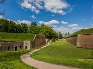 Josefov: věznice národů opředená legendami aneb největší zajímavosti o pevnosti