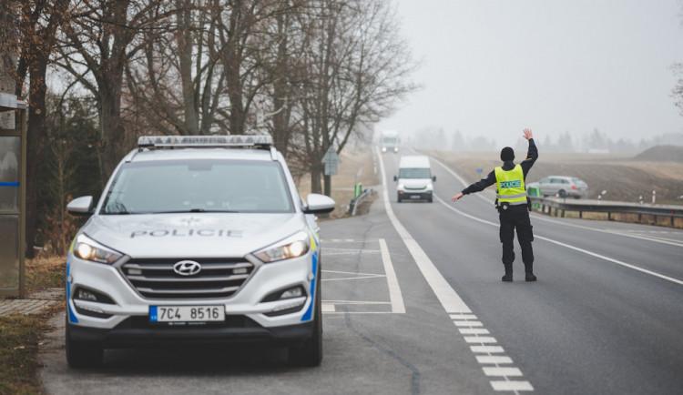 Řidičku BMW prozradil styl jízdy. Policejní hlídce nadýchala skoro 2,5 promile