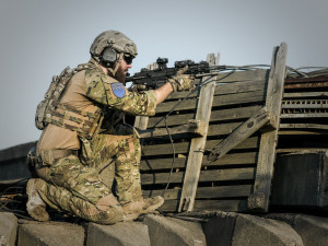 Americký voják opět vakci. Tentokrát zženy na Trutnovsku vylákal přes 2,5 milionu korun