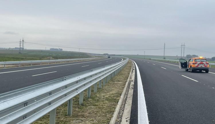 Do konce roku se u Hradce Králové zprovozní 35 kilometrů dálnic. Dva úseky na D11, jeden na D35