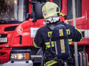 Hasiči našli po požáru v domě na Trutnovsku lidské tělo