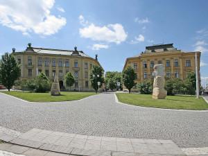 Oprava budovy hradecké univerzity za 235 milionů by mohla začít v létě 2022