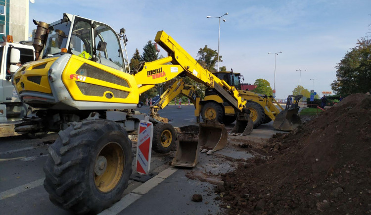 GALERIE: Rekonstrukce Gočárova okruhu v Hradci Králové