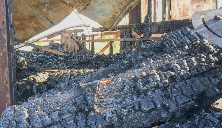 GALERIE: Historické vagóny po požáru v Jaroměři