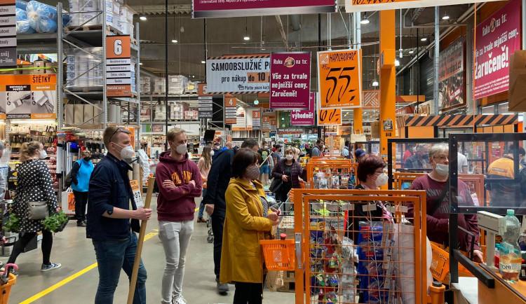 GALERIE: Plná obchodní centra v Hradci Králové