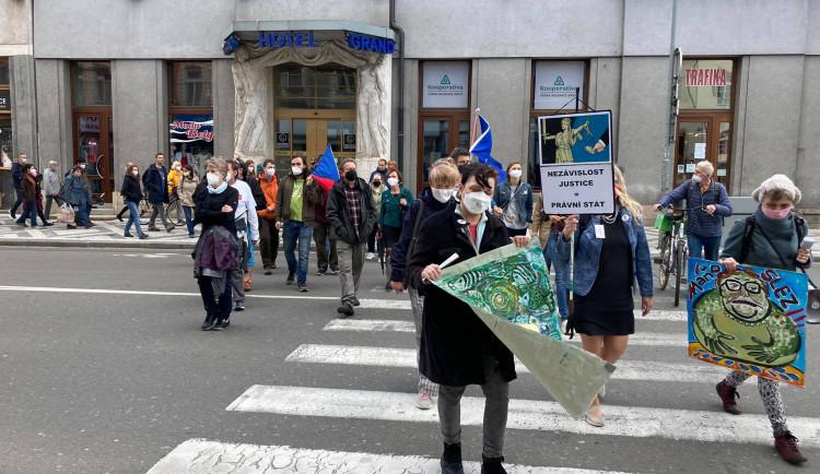 GALERIE: Demonstrace za nezávislost justice v Hradci Králové